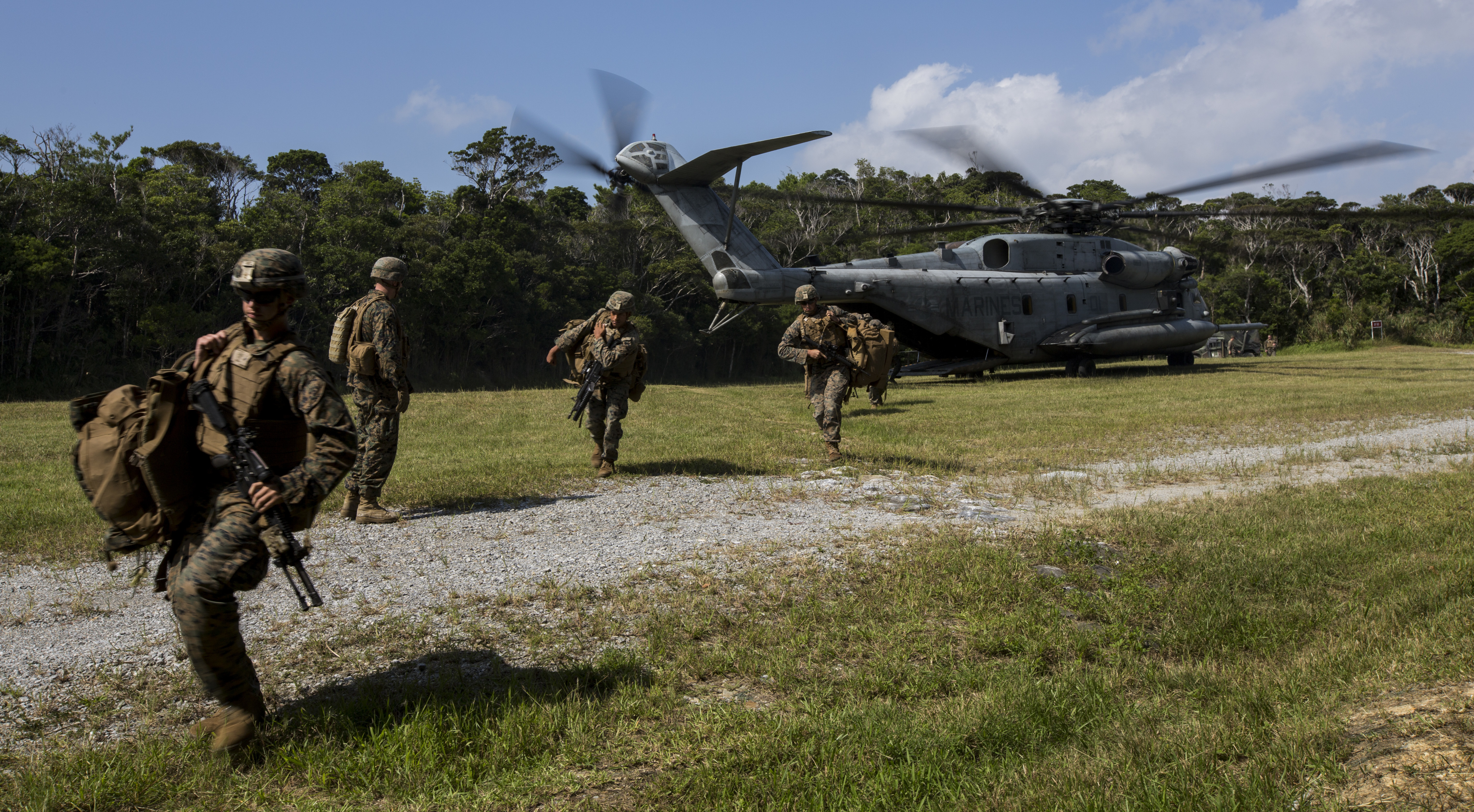 Marines disembark a CH-53E Super Stallion helicopter during Blue Chromite 2017 in Okinawa, Japan, November 2, 2016. Blue Chromite is a U.S.–only exercise which strengthens the Navy-Marine Corps expeditionary, amphibious rapid-response capabilities based in Okinawa and the greater Indo-Asia-Pacific region. US Marine Corps photo.