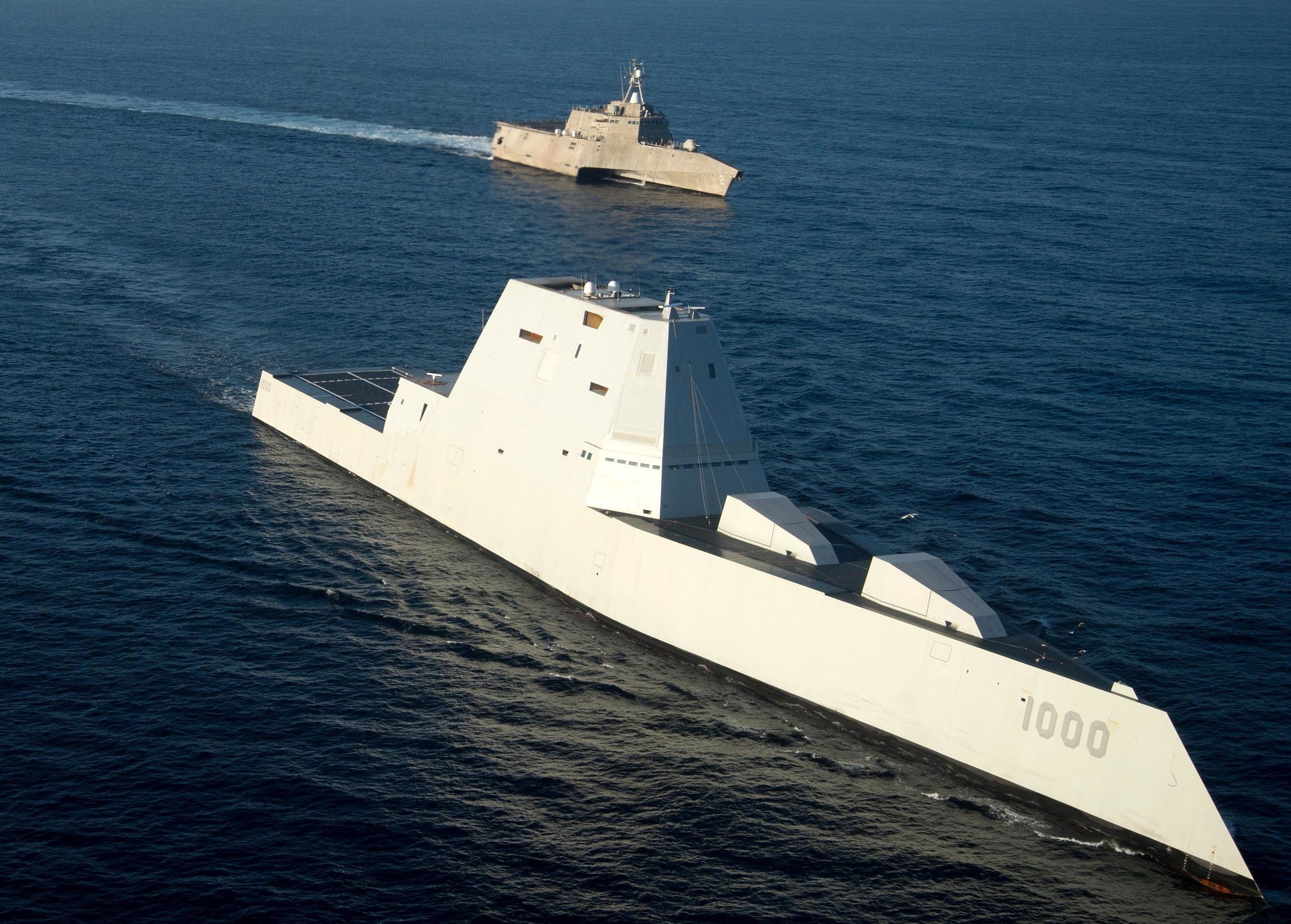 USS Zumwalt (DDG-1000) steams in formation with USS Independence (LCS-2) on Dec. 8, 2016. US Navy Photo