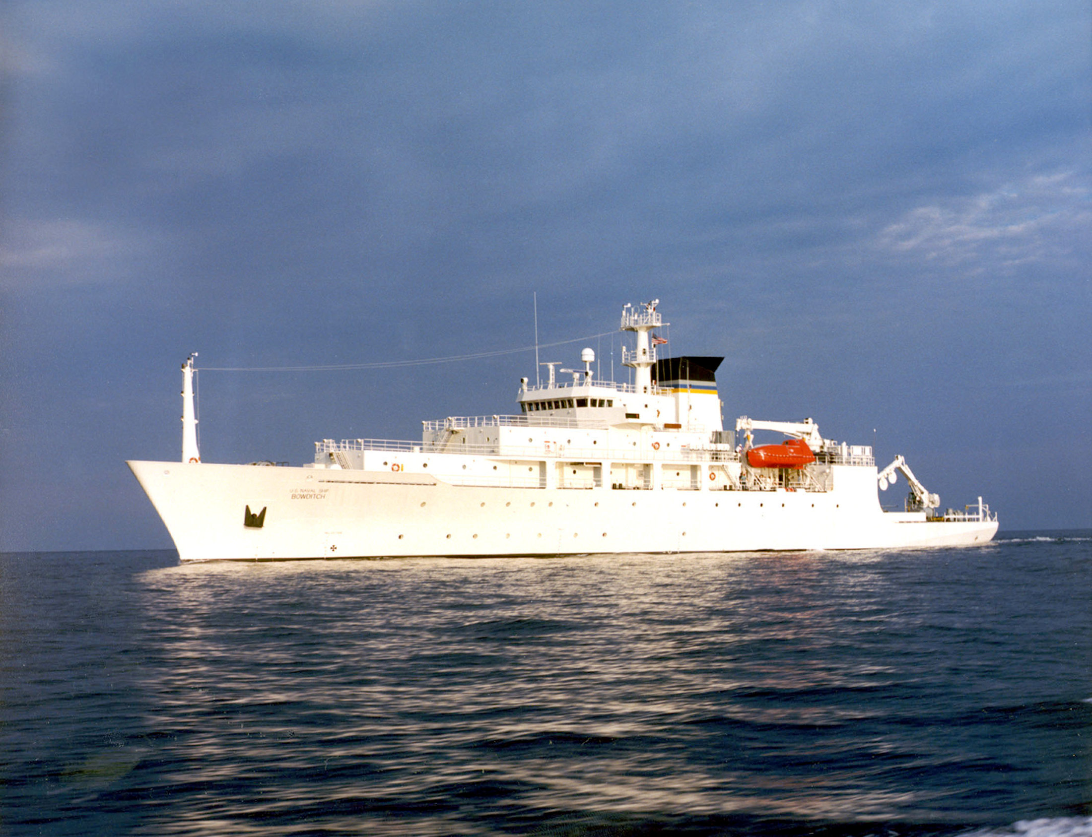 USNS Bowditch on Sept. 20, 2002. US Navy Photo