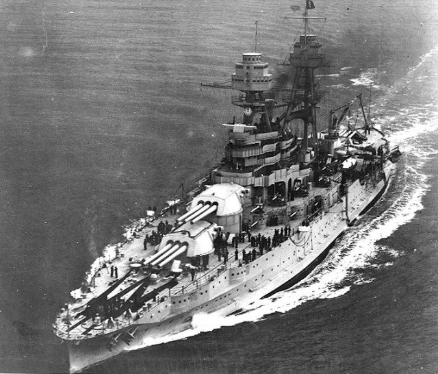 USS Arizona underway.
