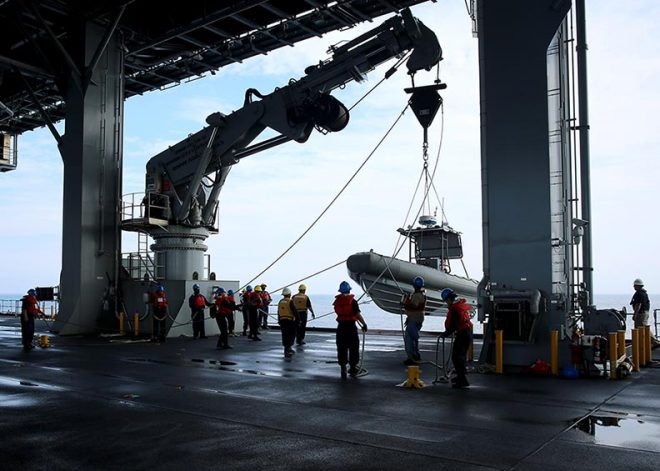 Shipyard, Depot Employees, MSC Civilian Mariners Exempted From Hiring Freeze