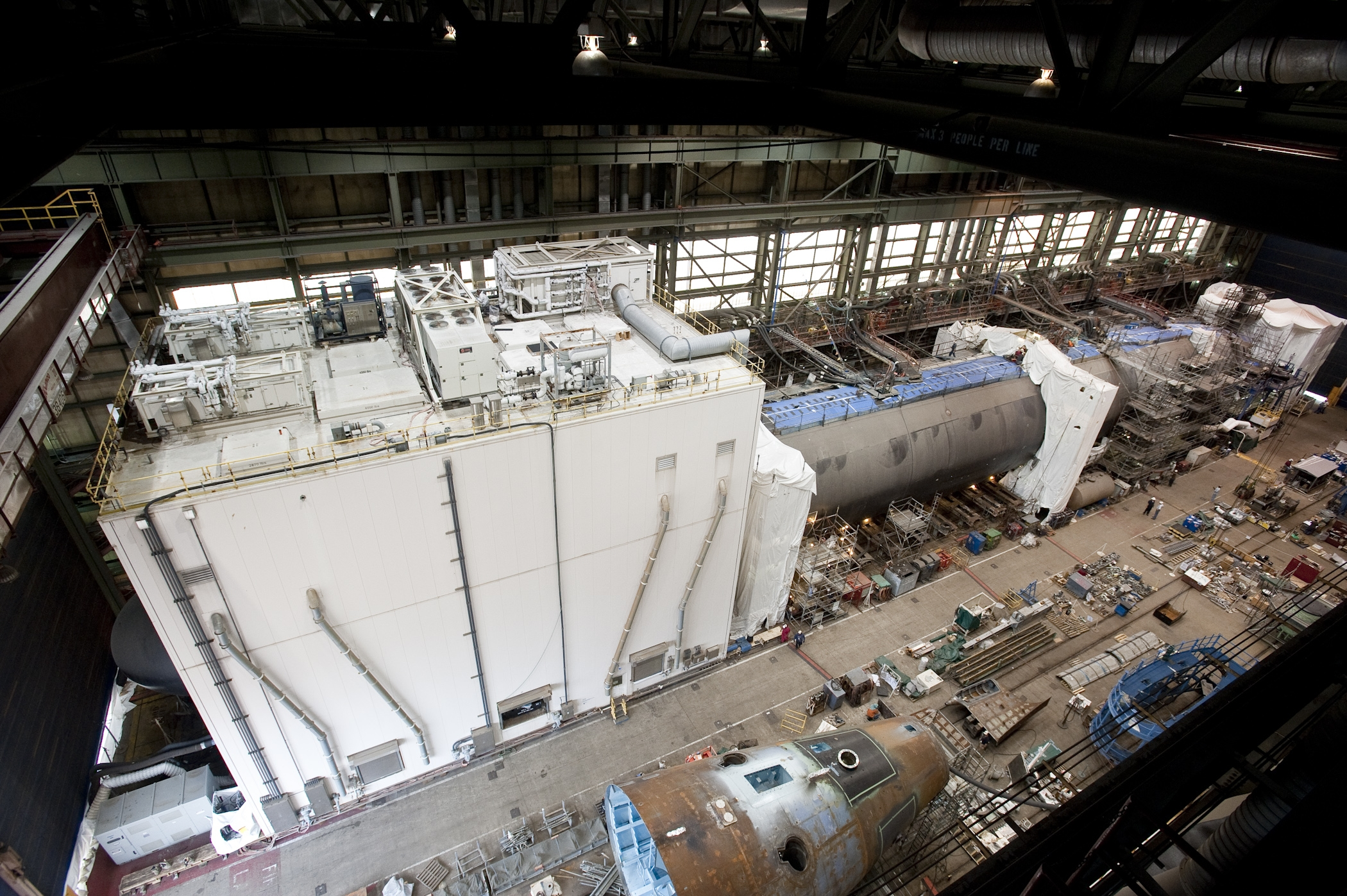 "The Virginia-class submarine Minnesota (SSN-783) is ""pressure hull complete,"" signifying that all of the submarine's hull sections have been joined to form a single, watertight unit. Newport News Shipbuilding photo."