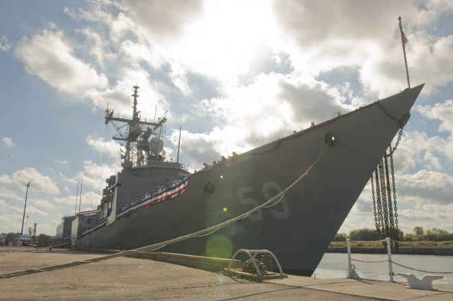 CNO: Navy 'Taking a Hard Look' at Bringing Back Oliver Hazard Perry Frigates, DDG Life Extensions as Options to Build Out 355 Ship Fleet