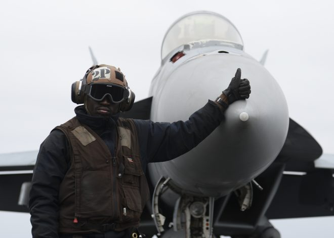 Navy Wants to Buy 80 More Super Hornets for $7.1B Over the Next Five Years