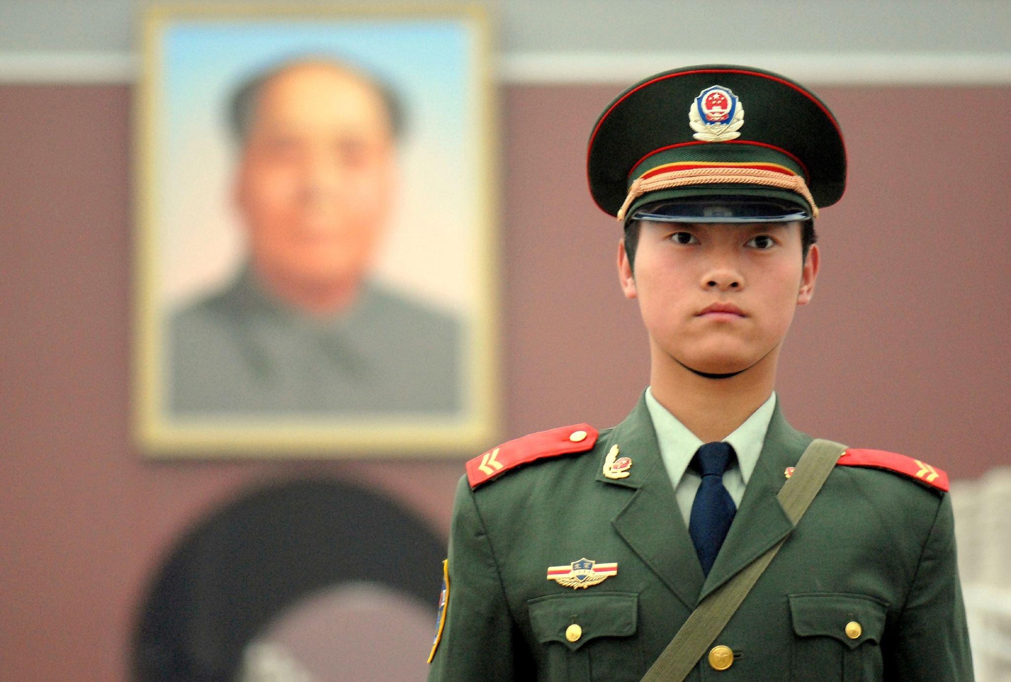 Resultado de imagem para chinese guard