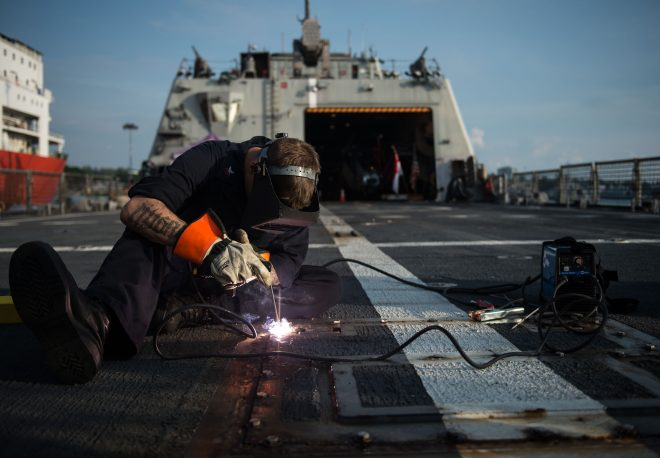Amid Private Yard Capacity Concerns, Navy Trying to Boost Sailors' Maintenance Abilities