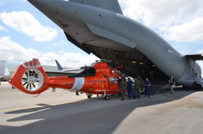 In Budget Squeeze, Coast Guard Set to Extend Life of Dolphin Helicopter Fleet