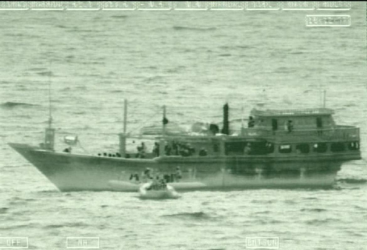 Video: U S  Navy Assists Iranian Sailors After Pirate Attack