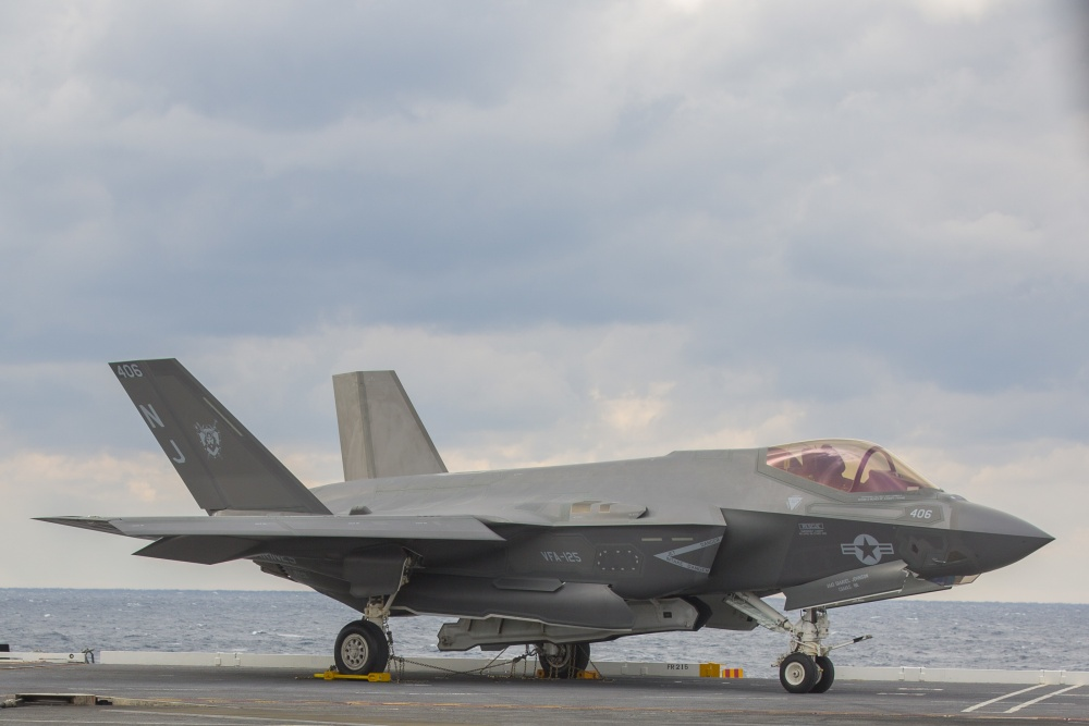 F-35C Aviators Carrier Qualify Aboard USS Abraham Lincoln ...
