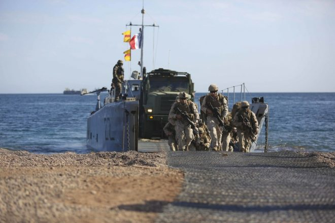 French Amphib Participates in Alligator Dagger off Djibouti; First Year France Included in Exercise