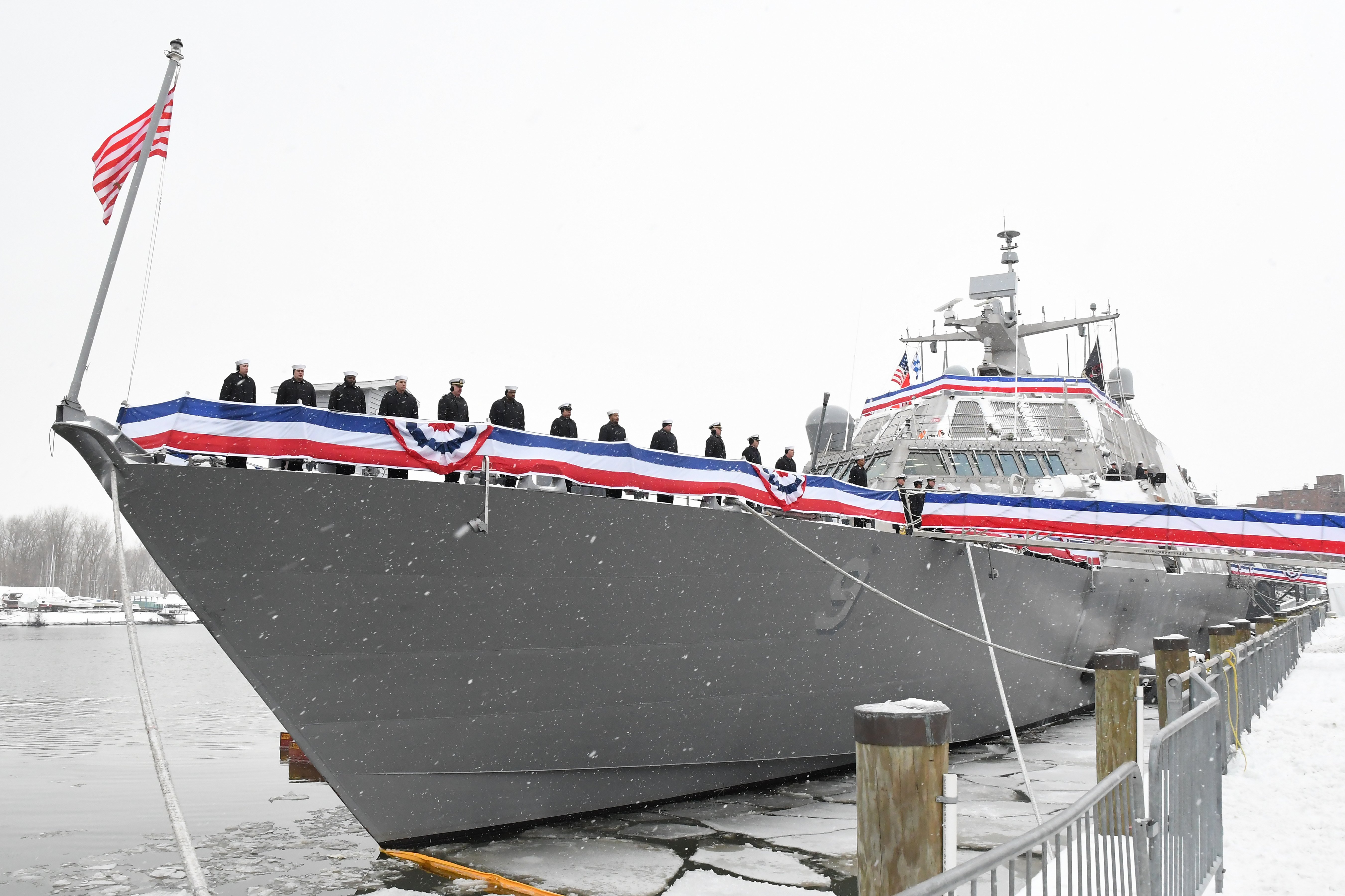Uss Little Rock Stuck In Montreal Ship Might Not Leave Until Spring