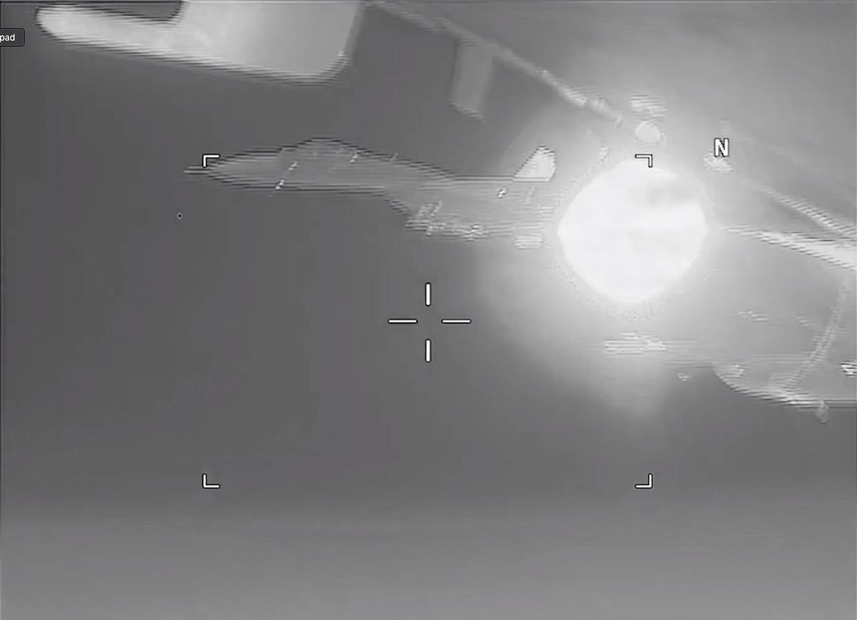 【速報】ロシアの戦闘機が米海軍の飛行機を迎撃  6日0時 YouTube動画>6本 ->画像>57枚
