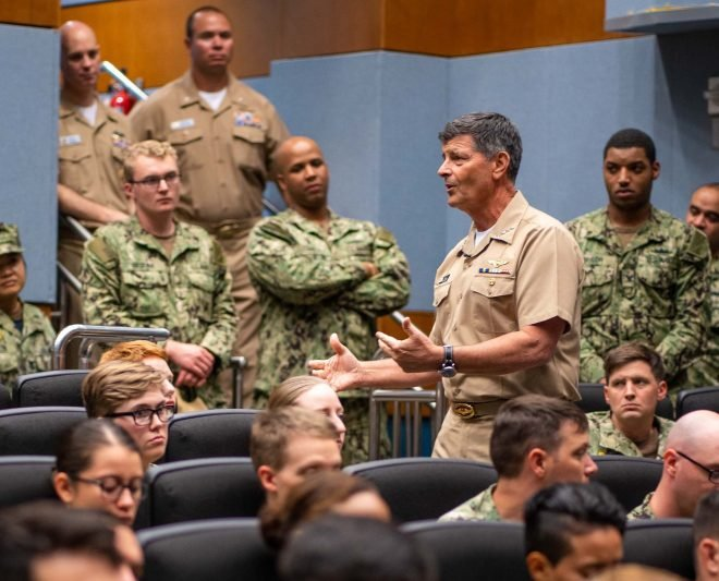 VCNO Moran Headed to Bahrain Following Death of 5th Fleet Commander