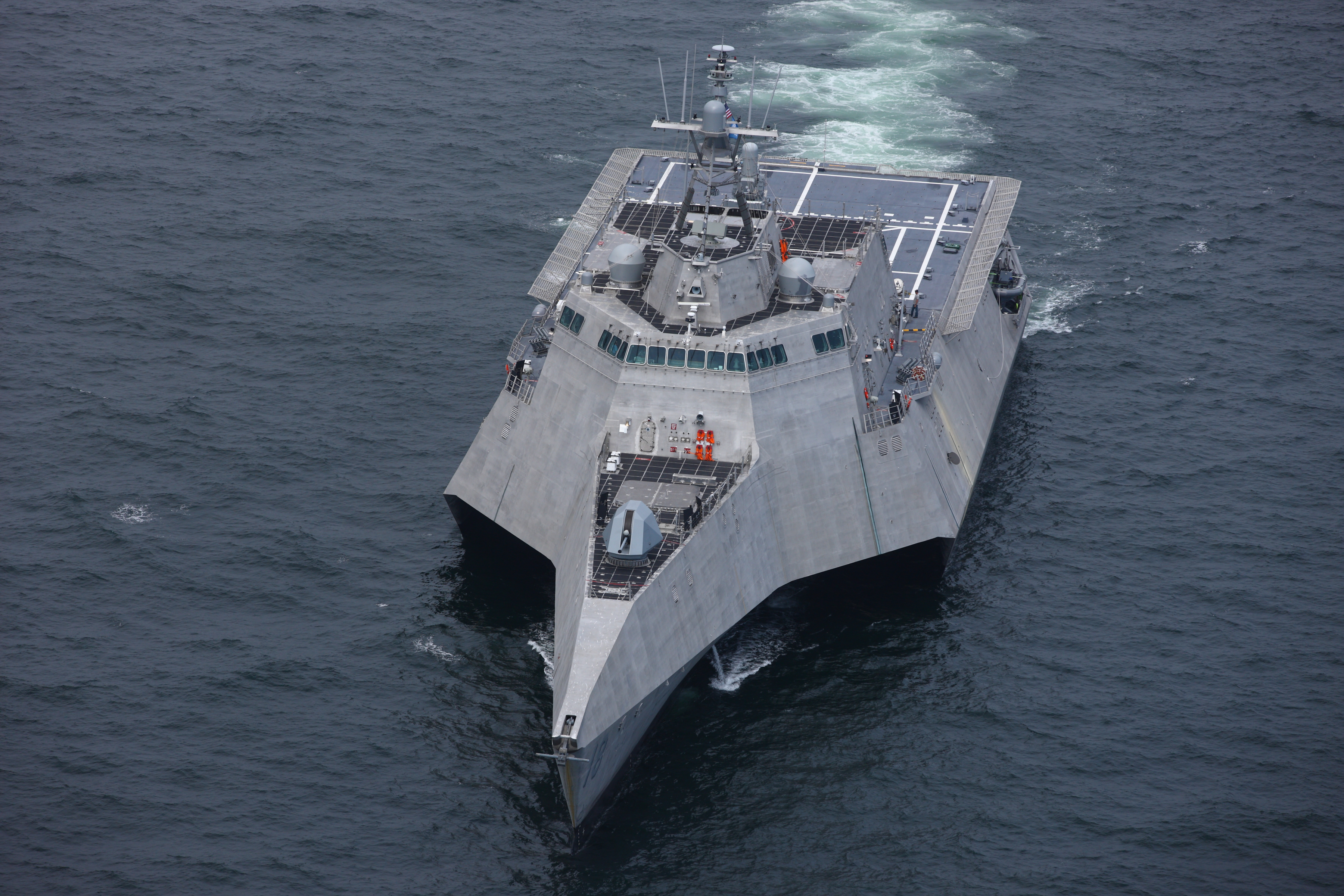 Navy Awards 2 LCSs to Austal USA