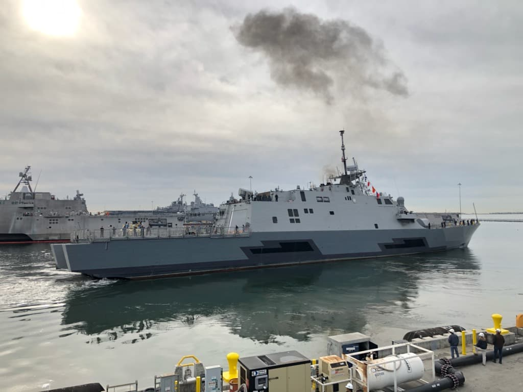 Uss freedom gets underway after two years of repairs usni news - Uss freedom lcs 1 photos ...