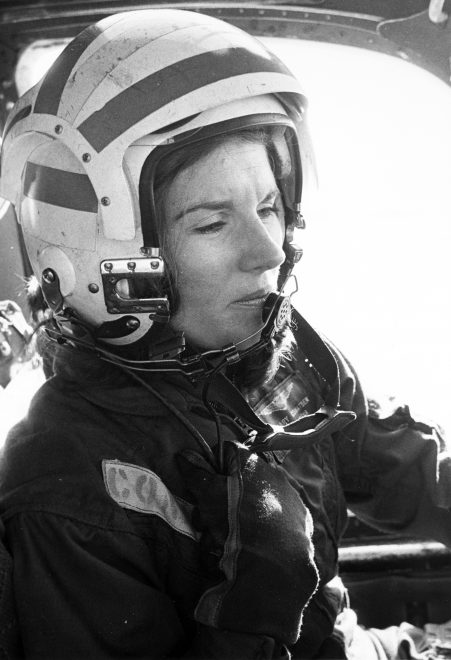 Navy to Honor First Female Fighter Pilot with Female-Piloted Flyover at Funeral