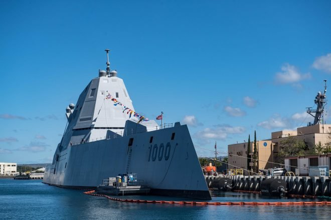 Zumwalt Program Continues Testing Combat System and Missiles on Lead Ship, Test Ship