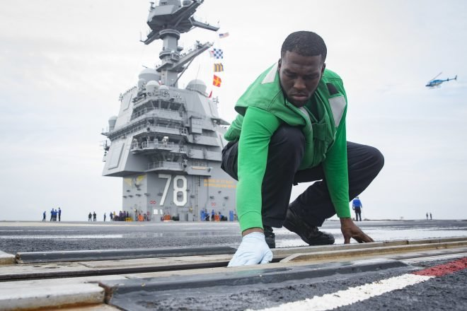Experts: Navy Would Spend Billions to Answer Trump's Call to Return Carriers to Steam Catapults