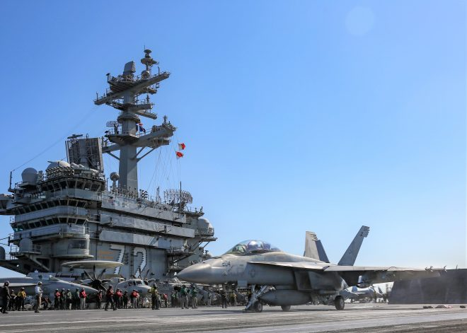 Carrier USS Abraham Lincoln Leaves Middle East After 220 Days, Truman in Red Sea