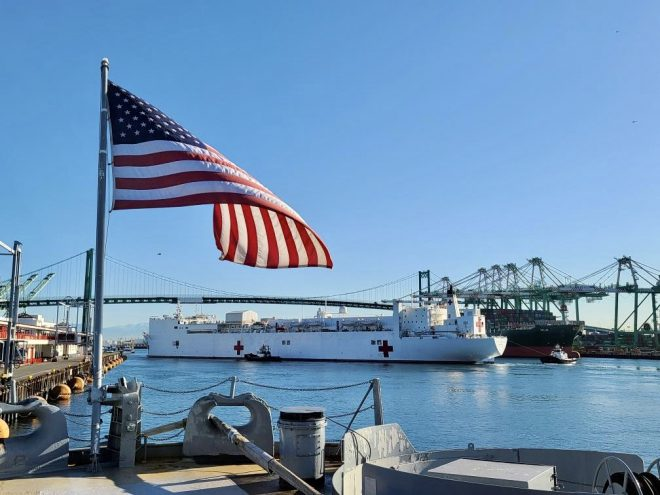 USNS Mercy Arrives in Los Angeles With More Hospital Beds, Doctors