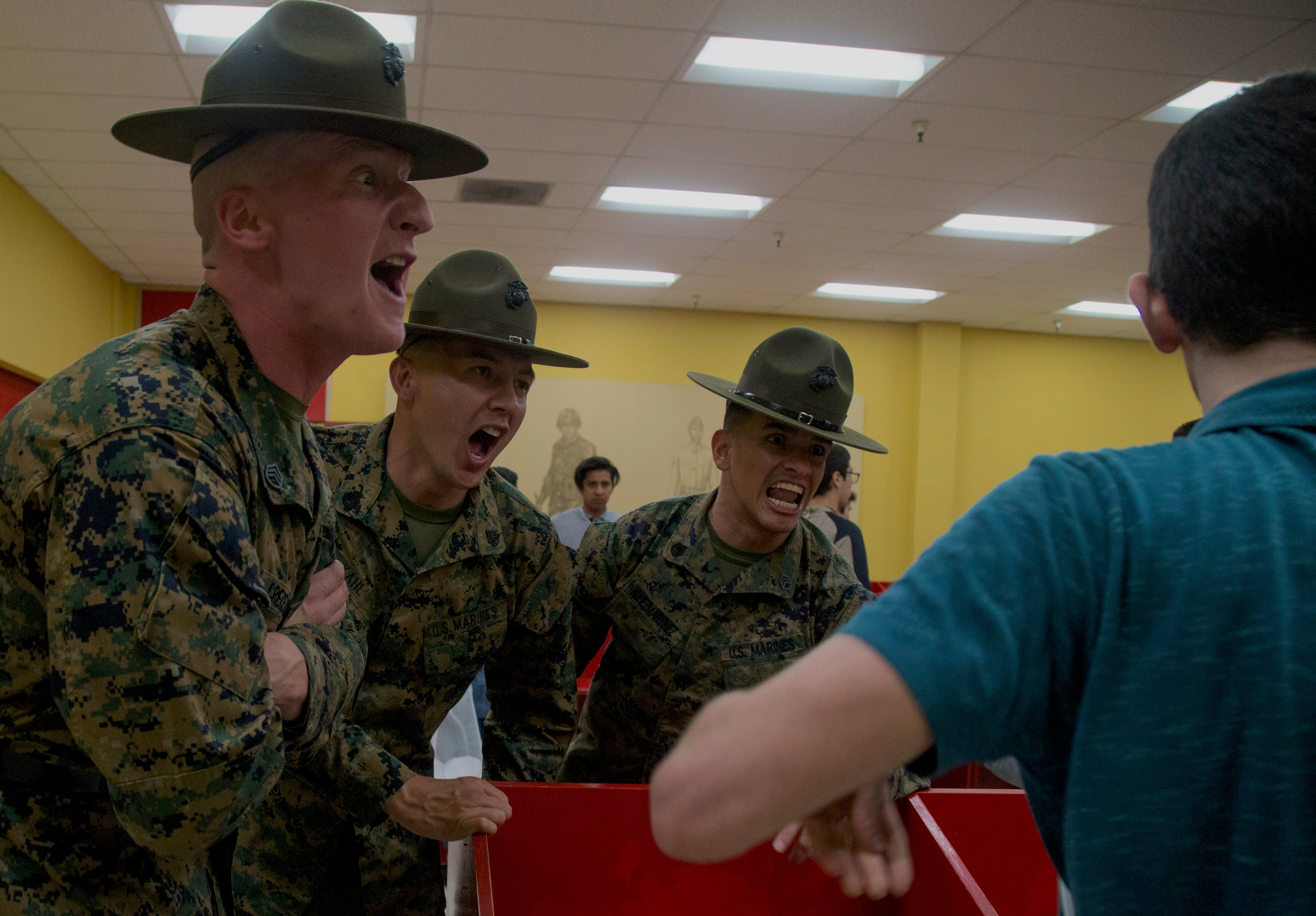Covid 19 Threat Reshapes Marine Boot Camp Celebrations Will Have To Wait Usni News