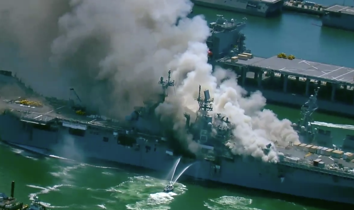 UPDATED: 18 Sailors Injured, Explosion Reported in USS Bonhomme Richard Fire - USNI News | Sam LaGrone