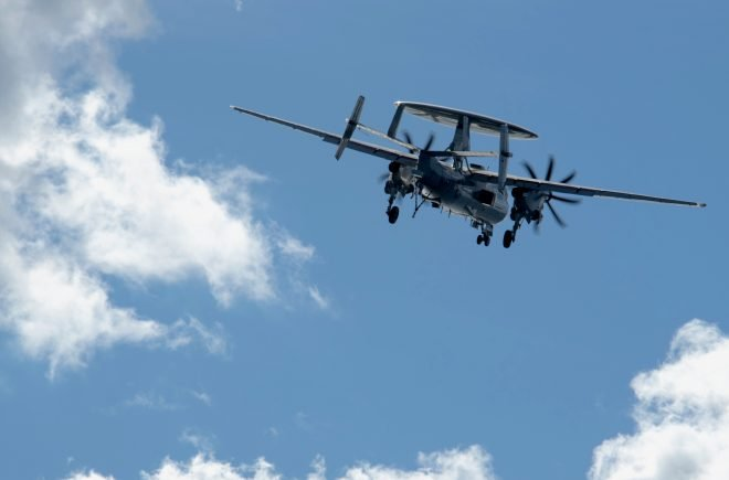UPDATED: E-2C Hawkeye Crashes Near Wallops Island, Crew Recovered Safely