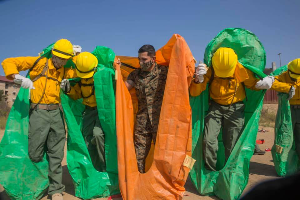 Marines, Sailors Join National Guard to Fight California Wildfires - USNI News