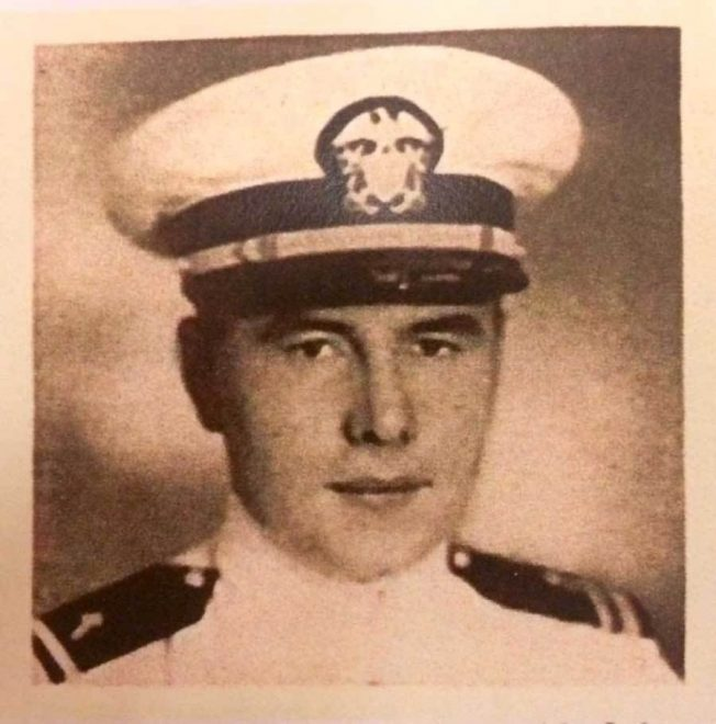 Navy Issues Posthumous Navy Cross to USS Indianapolis Chaplain