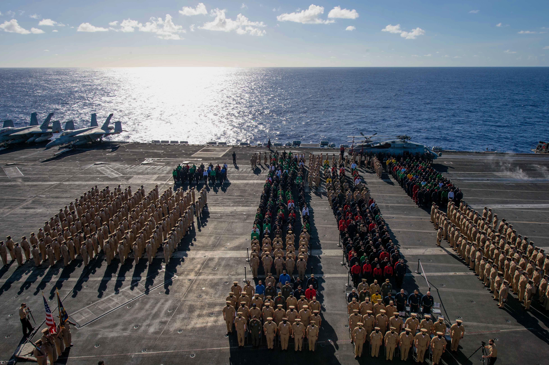 Дислокация американского флота на 3 февраля (АУГ и ДЕСО), 7 авианосцев в море