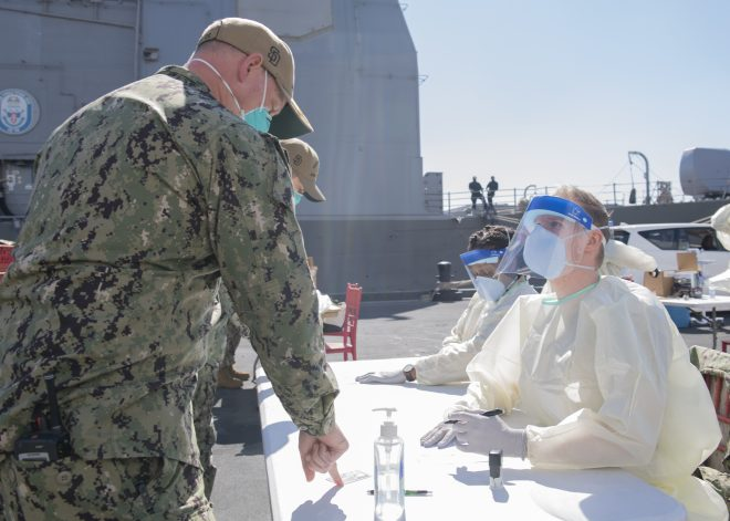 Crews of USS San Diego, USS Philippine Sea Get COVID Vaccine After 40 Positive Cases