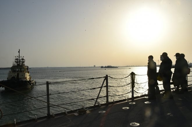 Cruiser USS Philippine Sea Back at Sea After 20 Sailors Contracted COVID-19