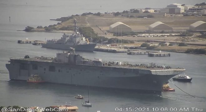 Former USS Bonhomme Richard Towed from San Diego Ahead of Scrapping