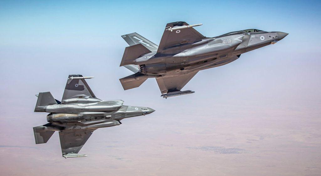 U.K., U.S. F-35Bs Launch Anti-ISIS Strikes from HMS Queen Elizabeth - USNI News