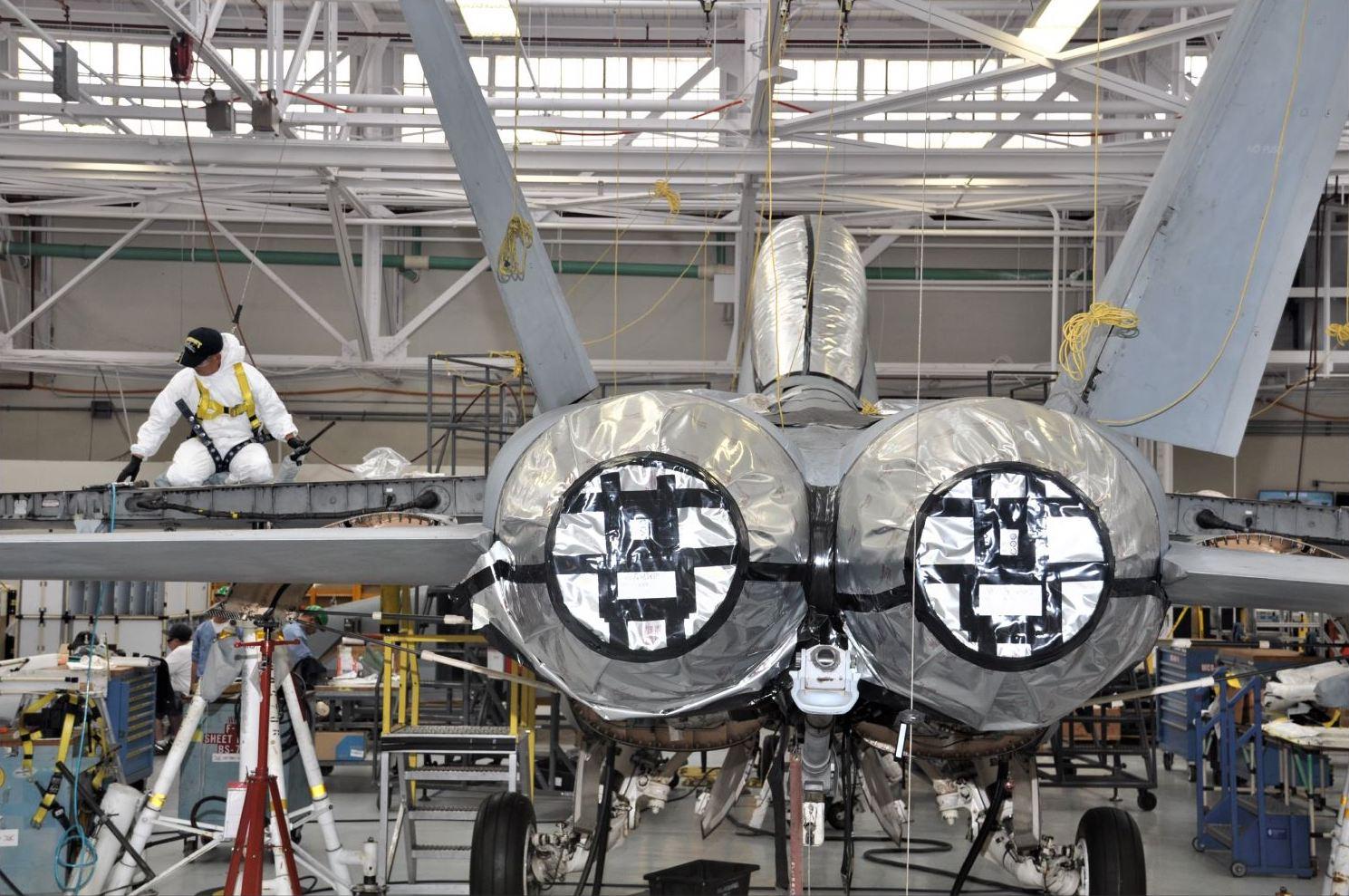 Navy Revamping Aviation Maintenance in New Ten-Year 'FIOP' Plan